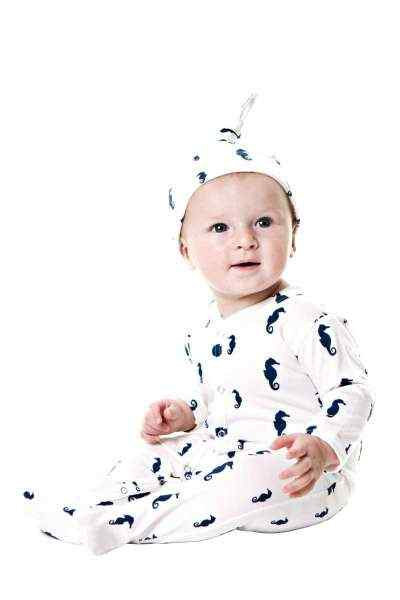 Seahorse Print Long Sleeve Footed Baby Romper and Hat Outfit Gift Set (Organic Cotton)